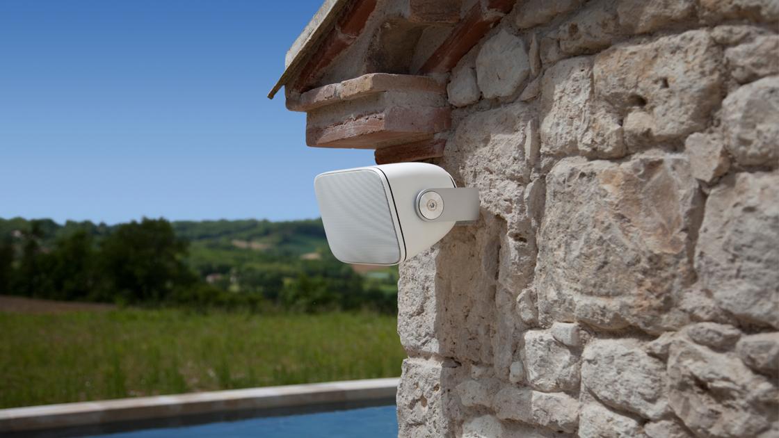 outdoor speakers estepona